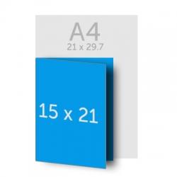 Brochure A4 (21x29.7 cm) pliée en A5 (15x21 cm)
